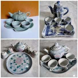 Pajangan Guci Keramik Kuno Porselen Lawas Antik Miniatur Teko Cangkir