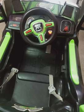 Big Electronic Jeep (battery with remote control) manual & auto system