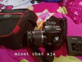 Camera Canon 1100D