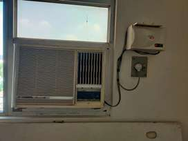 OGeneral window AC with stabilizer