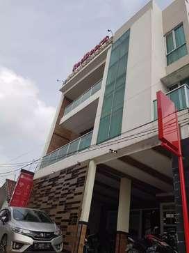 Dijual Hotel Aktif di dermaga