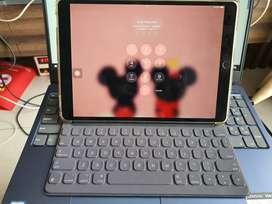 Ipad Pro 10.5 inch Grey + smart keyboard