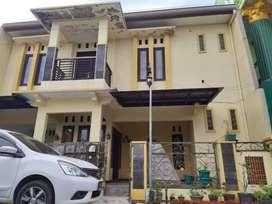 Rumah Mewah Siap Huni di Palur ngringo Dua Lantai