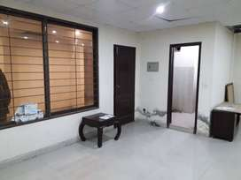 400 sqf commercial office available for RENT main boulevard gulberg la
