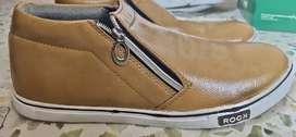 Shoe At Low Price