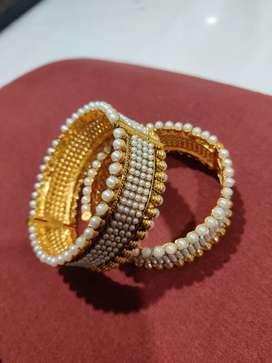 1 Pair Hand Bangles Pearls