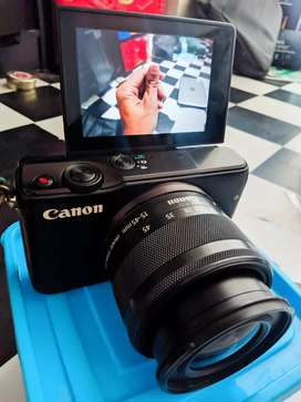 Mirrorles Canon Eos M10