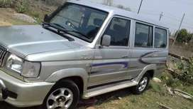 Toyota Qualis Excellent condition.