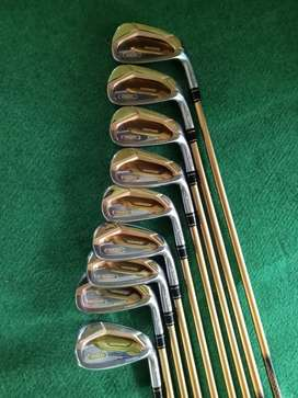 Stick Golf Honma bintang empat