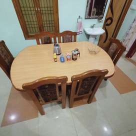 Six seater shisham dining table with chairs