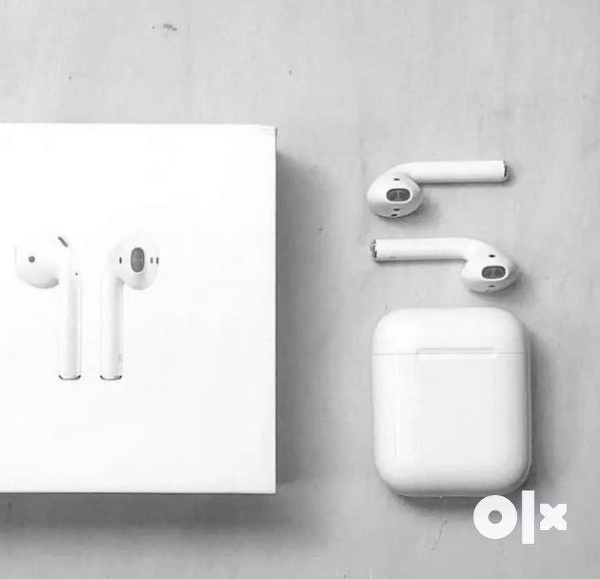 Apple wireless Airpords 0