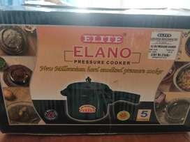5 litre pressure cooker in brand new condition