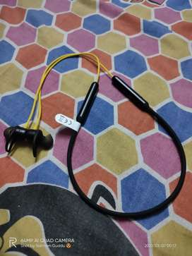 Realme Bluetooth earbuds