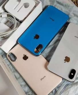 In warranty available 64 GB iPhone (X)