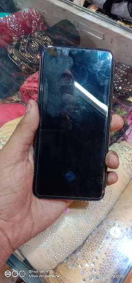 Vivo v15 8. GB RAM 128 GB internal
