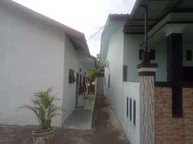 Rumah kontrakan dua pintu baru di bgn 1 thn