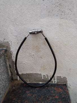 Lock of bicycle ... It's original price is 170 I give 70