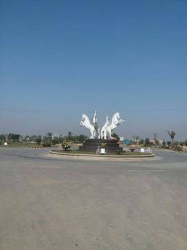 5 Marla residential plot on easy installments in New Lahore City