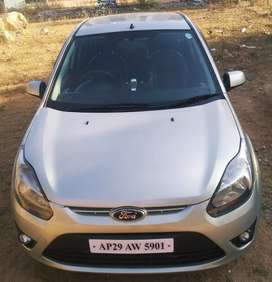 Ford figo 2012 ending with showroom track...
