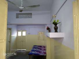 ROOM FOR BOYS AND WORKING MALE PERSON