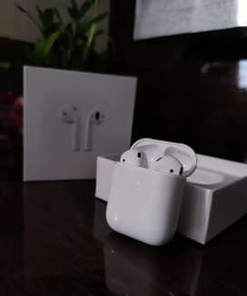 Apple I pods 2 generation original quality for sell at least prize