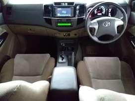 Toyota fortuner type g disel trd vnt at/matic warna putih 2013