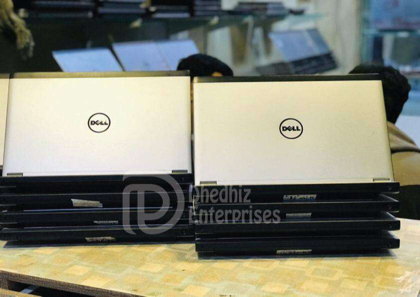 DELL LATITUDE 3330 4GB RAM 250GB HDD CORE I5-3RD GENERATION ULTRA SLIM 0