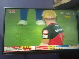 LG led tv  32 inch , very good condition