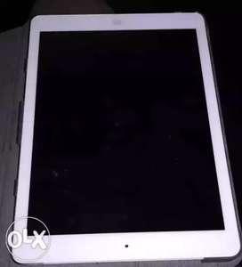 iPad air ( caller+WiFi+16gb)