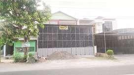 gudang strategis dan istimewa pinggir jalan imogiri barat KM 7