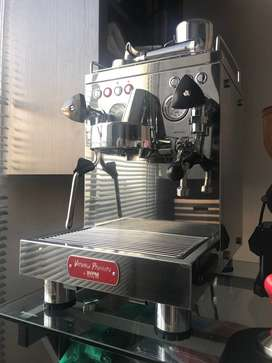 Mesin Espresso Welhome KD310 [JUAL CEPAT]