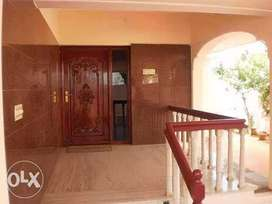 Independent bungalow for sale in Kuniyamuthur, near Krishna college.
