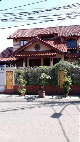 Dijual Rumah Cantik di Pondok Cabe BU