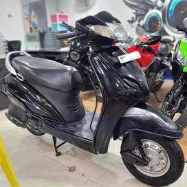 Honda Activa 3g, 2015 Model, 32164 kms done.
