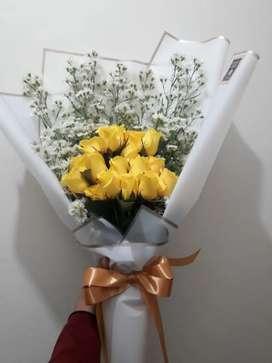 Buket Bunga Mawar Kuning