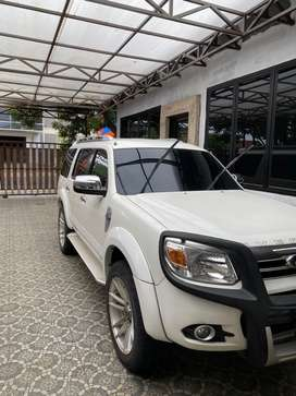 Ford Everest LTD 2.5 2014 Solar pribadi