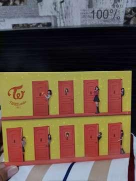 "Twice Album ""Twicecoaster Lane 2"""