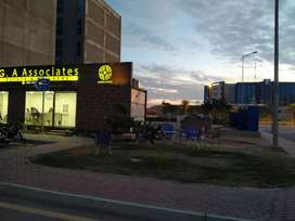 125SqYd  Commercial in Midway Commercial in Bahria Town.