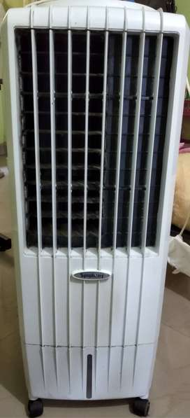 Symphony Diet 12T Personal Tower Air Cooler 12-litres For Sale