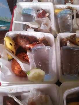 Berlangganan lah nasi kotak/snack mantull
