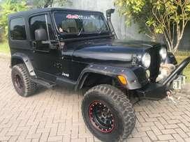 Jeep CJ7 Modifikasi