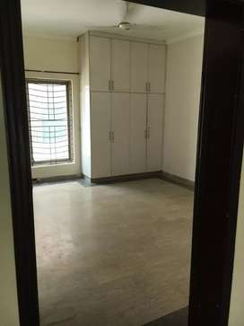 2 bed levish apartment available for rent in bahria town