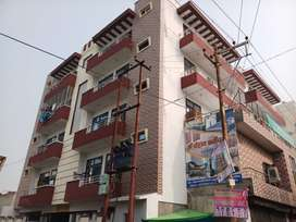 Flats for sale in Vinay Nagar.