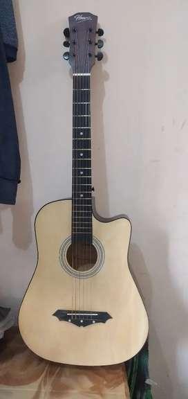 Henrix guitar 38 inch