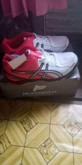 Sepatu Badminton Professional Blizard