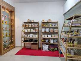 Part time Sales girl/boy needed for a organic store
