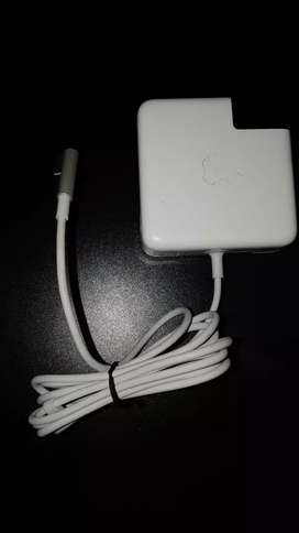 L shape charger for macbook original but used in class condition