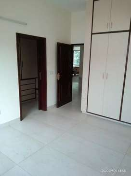 One kanal newly built 3bhk Independet floor for rent