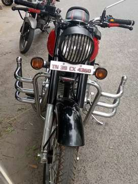 9 month ago bullet classic 350 Red colour