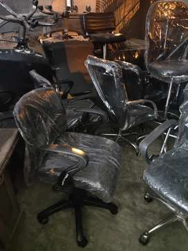 OFFICE Chair 50 Available | Shujat Chair House